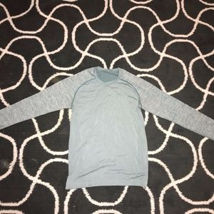 Lululemon Small Long Sleeve